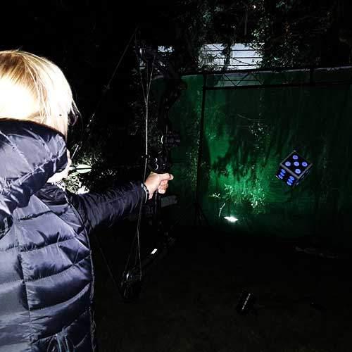 Bogenschießen bei Nacht - das Outdoor Teamevent