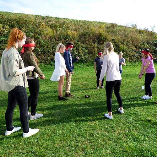 Teilnehmer beim Teamspiel Flottes Rohr