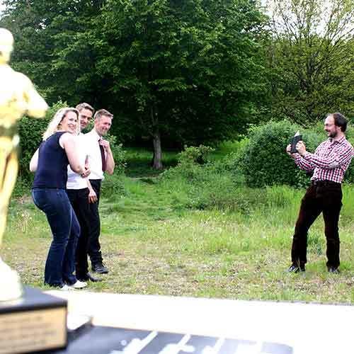 Team beim Filmdreh