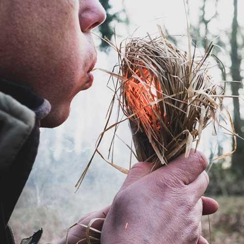 Survival Feuer machen