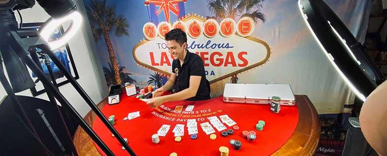 Croupier am Pokertisch